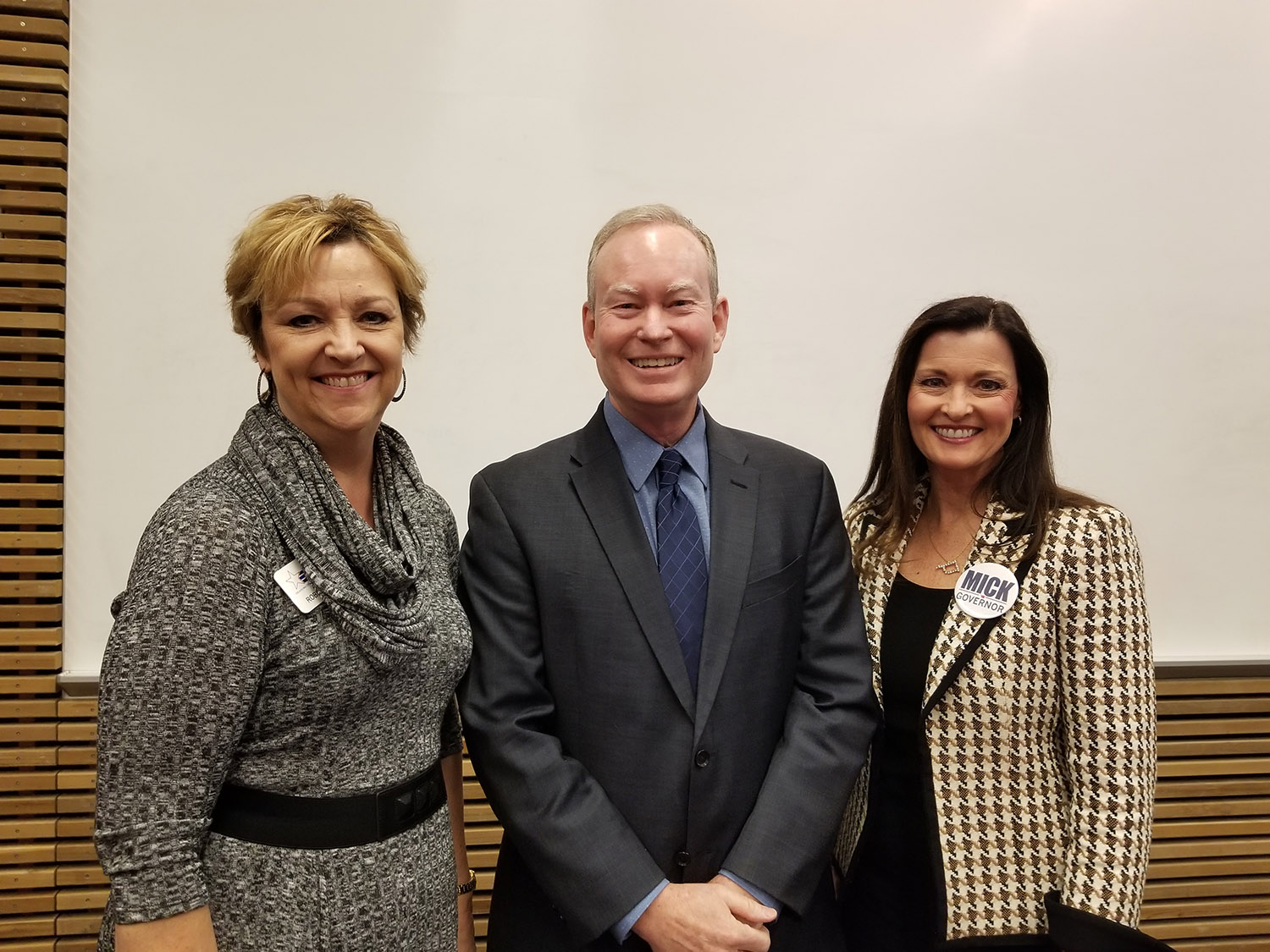 1st VP Robin Walker with February's speaker, Mayor Mick Cornett and his wife.